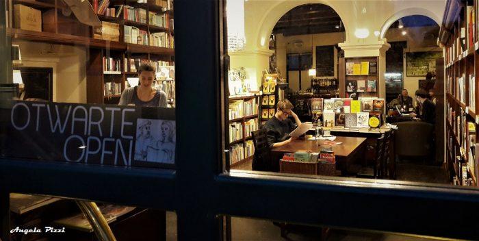 Libreria - Sala da Tè vicino alla casa di Papa Giovanni Paolo II