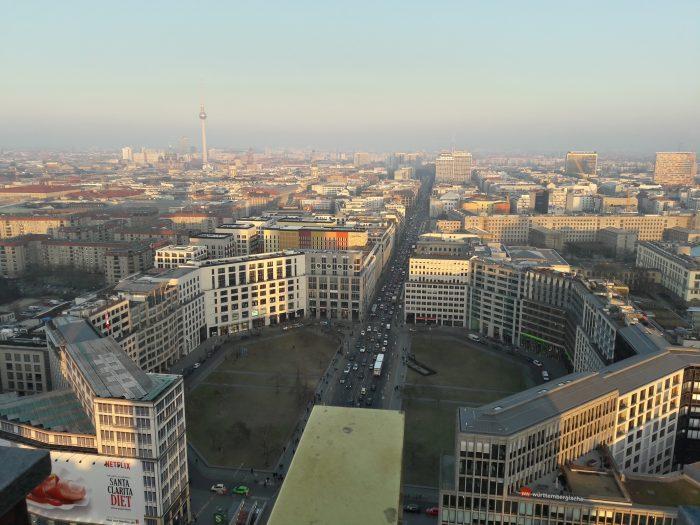 Vista Mozzafiato dal Panorama Punkt sulla Torre Kollhoff